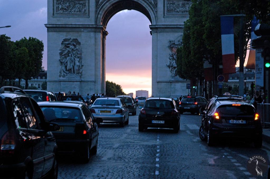 Paris_champs0207p